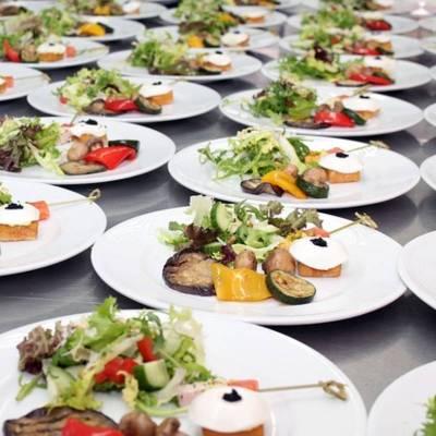 Svatební Catering nachystáno pro 100 hostů