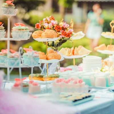 cena catering na svatbu